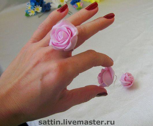 Комплекты украшений ручной работы. Ярмарка Мастеров - ручная работа. Купить Кольцо и серьги Розовые розы. Handmade. Комплект украшений