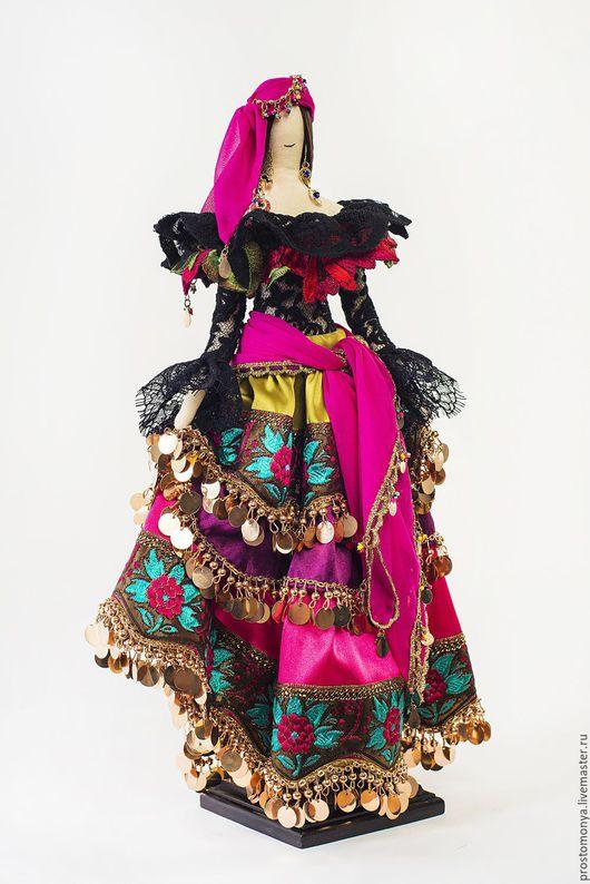 """Коллекционные куклы ручной работы. Ярмарка Мастеров - ручная работа. Купить Моня """"Жгучая цыганка"""". Handmade. Комбинированный, сувенирная кукла"""