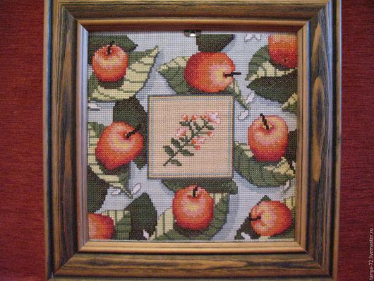 """Натюрморт ручной работы. Ярмарка Мастеров - ручная работа. Купить вышитая картина натюрморт """" яблоки """" голубой фон. Handmade."""