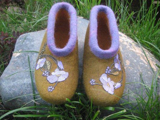 Обувь ручной работы. Ярмарка Мастеров - ручная работа. Купить Тапочки для бабушки. Handmade. Домашняя обувь, термоаппликация