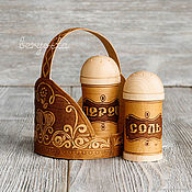 Для дома и интерьера handmade. Livemaster - original item Set for spices (salt, pepper) in a basket Salt pepper shakers from clay. Handmade.