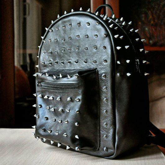 Рюкзаки ручной работы. Ярмарка Мастеров - ручная работа. Купить Рюкзак с шипами, кожаный черный, натуральная кожа. Handmade. Кожа