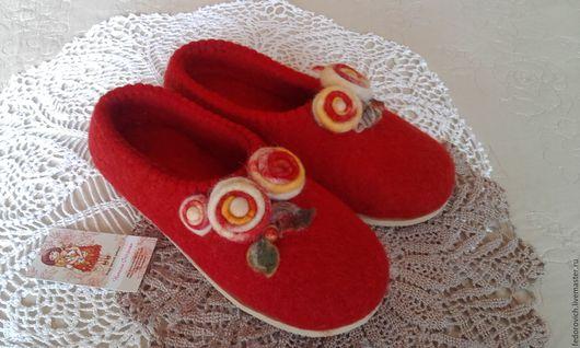Обувь ручной работы. Ярмарка Мастеров - ручная работа. Купить Тапочки из шерсти. Handmade. Комбинированный, шерсть 100%, резина