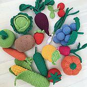 Кукольная еда ручной работы. Ярмарка Мастеров - ручная работа Вязаные игрушки ручной работы «Вязаные фрукты и овощи». Handmade.