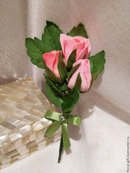 Броши ручной работы. Ярмарка Мастеров - ручная работа. Купить Брошь  из фоамирана Три розы. Handmade. Бледно-розовый