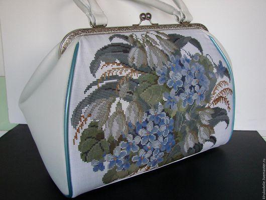 Возможен пошив сумки с Вашей вышитой заготовкой, с любим рисунком