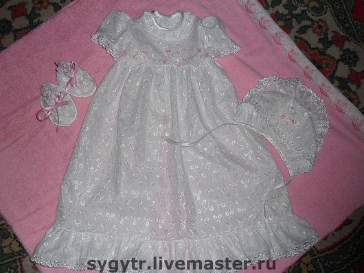 Платье ,капор(шапочка)и  башмачки