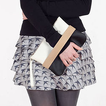 Сумки и аксессуары ручной работы. Ярмарка Мастеров - ручная работа Черный клатч CarryMe, черная сумочка через плечо. Handmade.