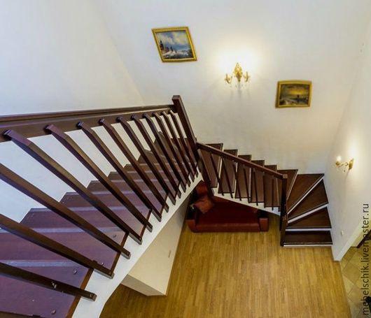 лестница из дерева на заказ в дом