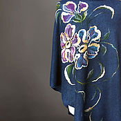 Одежда ручной работы. Ярмарка Мастеров - ручная работа Пончо вязаное синее с рисунком.. Handmade.