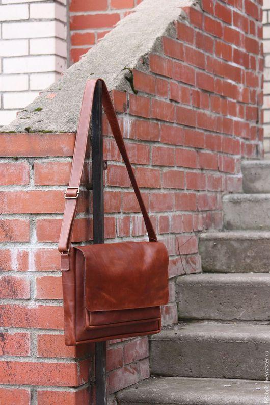 Мужские сумки ручной работы. Ярмарка Мастеров - ручная работа. Купить Сумка мужская кожаная. Handmade. Коричневый, для мужчин