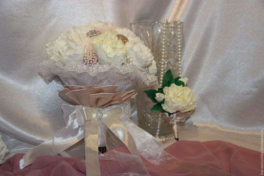 Свадебные цветы ручной работы. Ярмарка Мастеров - ручная работа. Купить Свадебный брошь-букет из пионов.. Handmade. Бежевый