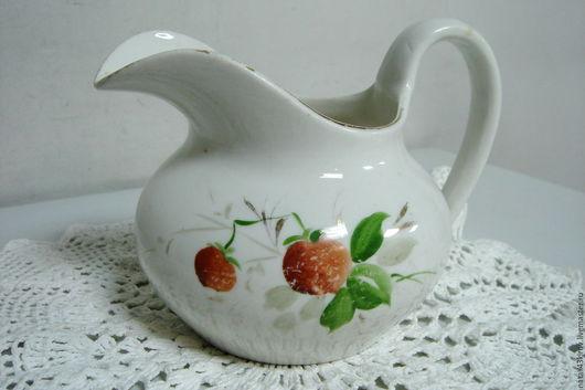 Винтажная посуда. Ярмарка Мастеров - ручная работа. Купить Старенький молочник в Вашу коллекцию.. Handmade. Белый, винтаж