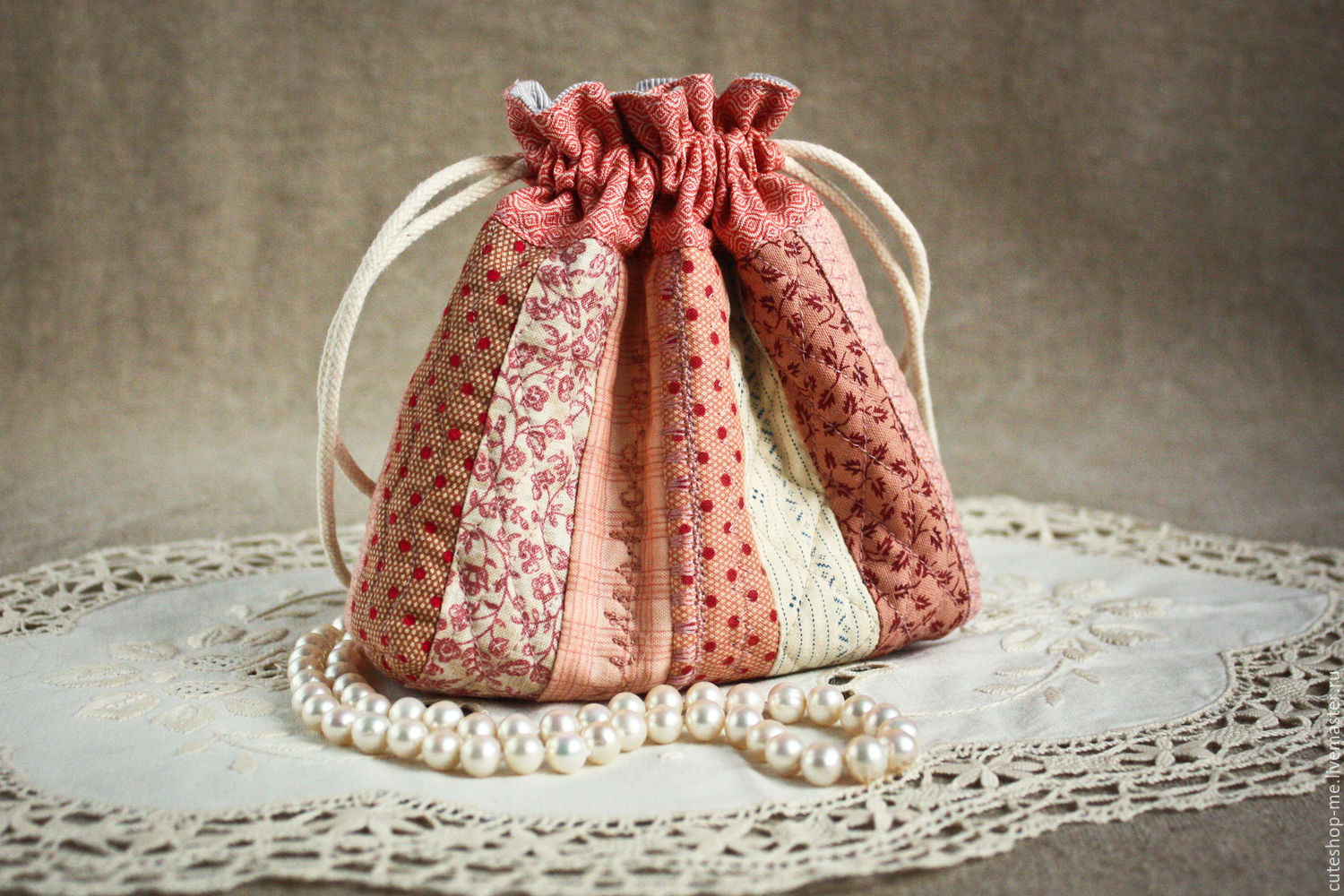 Cosy textile bag for cosmetics and jewelry. Quilt, Beauticians, Moscow,  Фото №1