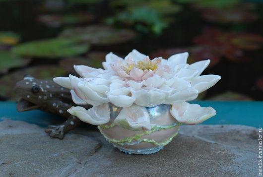 """Вазы ручной работы. Ярмарка Мастеров - ручная работа. Купить """"Нимфея""""вазочка.. Handmade. Ваза, небольшая вазочка, авторский фарфор"""