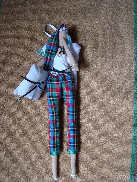 """Куклы Тильды ручной работы. Ярмарка Мастеров - ручная работа. Купить Кукла Тильда """"Юля"""". Handmade. Интерьерная кукла"""