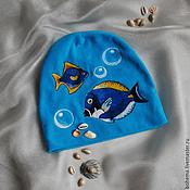 Аксессуары ручной работы. Ярмарка Мастеров - ручная работа Шапочка с войлочной рыбкой. Валяная рыбка. Валяние на одежде.. Handmade.