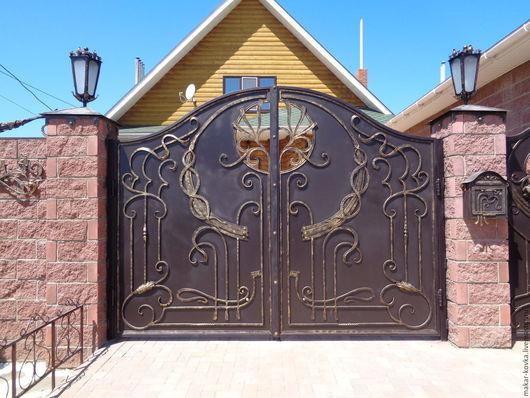 Экстерьер и дача ручной работы. Ярмарка Мастеров - ручная работа. Купить Входная группа Ворота, дверь, навершие, почта, фонари... Handmade.