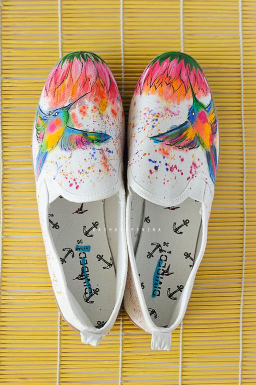 Обувь ручной работы. Ярмарка Мастеров - ручная работа. Купить Тапки с росписью Fantastic Colibri. Handmade. Разноцветный, ручная роспись