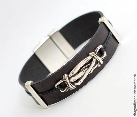"""Украшения для мужчин, ручной работы. Ярмарка Мастеров - ручная работа. Купить Кожаный браслет """"мужской"""". Handmade. Черный, мужской подарок"""