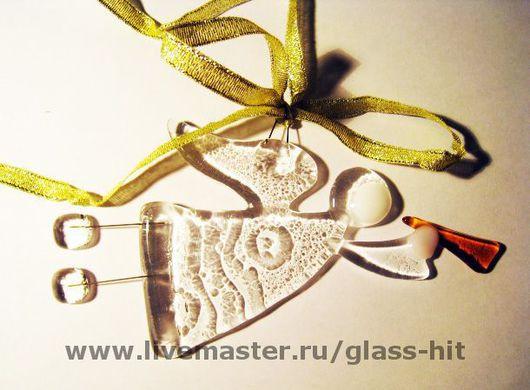Летящий ангелочек из стекла- новогоднее украшение.