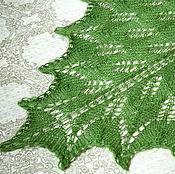 Аксессуары ручной работы. Ярмарка Мастеров - ручная работа Шаль вязаная спицами ручной работы Майская зелень. Handmade.