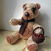 Куклы и игрушки ручной работы. Ярмарка Мастеров - ручная работа Мишка с корзиной ягод. Handmade.