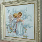 """Картины и панно ручной работы. Ярмарка Мастеров - ручная работа Вышитая картина """"Поцелуй ангела"""". Handmade."""