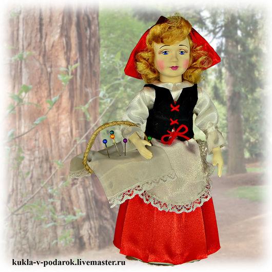 Красная Шапочка кукла маленькая девочка героиня народной сказки. Мастерская `Кукла в подарок`, сделано в России. Доставка по Москве курьером и Почтой России по всему миру. Недорого быстро качественно!