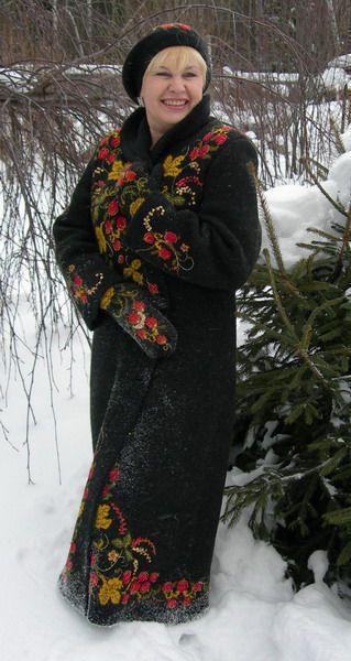 К пальто были связаны варежки
