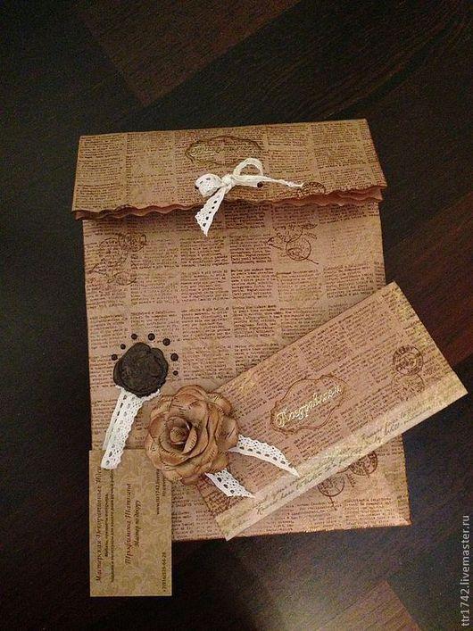 """Подарочная упаковка ручной работы. Ярмарка Мастеров - ручная работа. Купить Сувенирная упаковка из дизайнерской крафт бумаги """"Заметки"""". Handmade."""