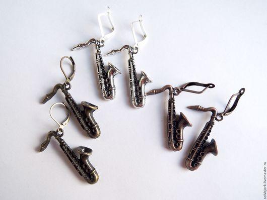 """Серьги ручной работы. Ярмарка Мастеров - ручная работа. Купить Серьги """"Сегодня он играет джаз, а завтра родину продаст"""" 2 варианта. Handmade."""
