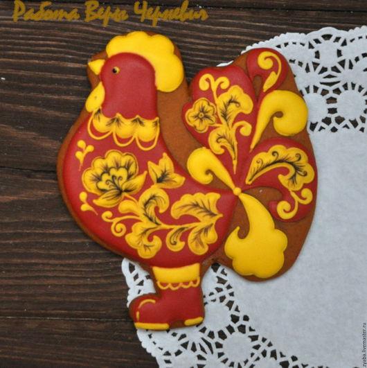 """Кулинарные сувениры ручной работы. Ярмарка Мастеров - ручная работа. Купить """"Золотая хохлома"""" пряничный петушок - символ года 2017. Handmade."""