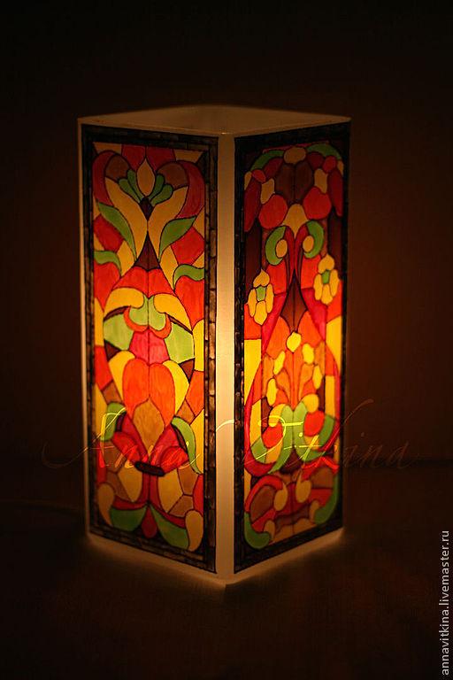 """Освещение ручной работы. Ярмарка Мастеров - ручная работа. Купить Ночник """"Солнечный витраж"""", ручная роспись по стеклу. Handmade. Оранжевый"""
