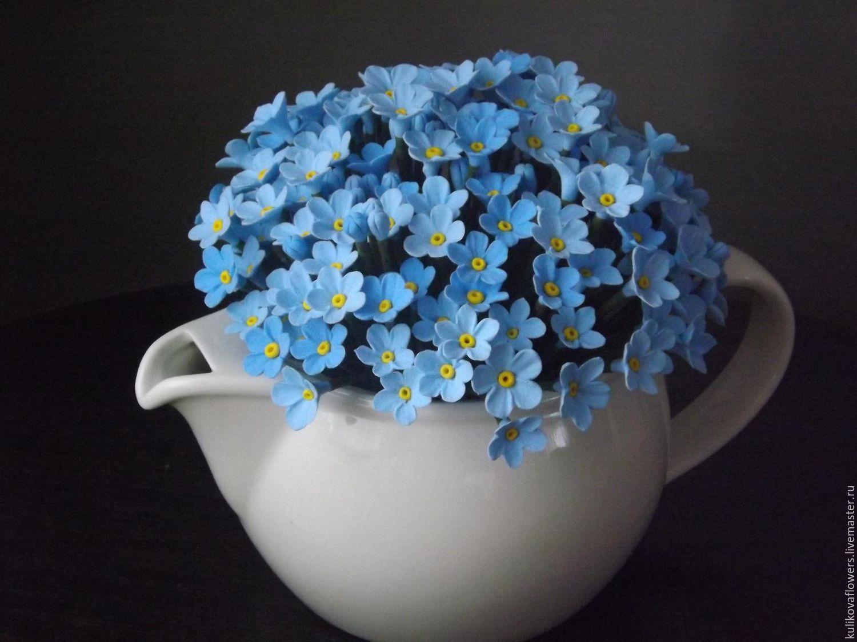 Букеты из цветов незабудки