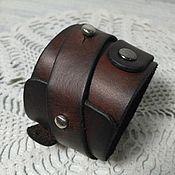 Браслет из бусин ручной работы. Ярмарка Мастеров - ручная работа Браслет-напульсник, кожаный. Handmade.