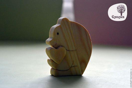 Развивающие игрушки ручной работы. Ярмарка Мастеров - ручная работа. Купить Мишка с сердечком.Развивающая деревянная игрушка (пазл).. Handmade.