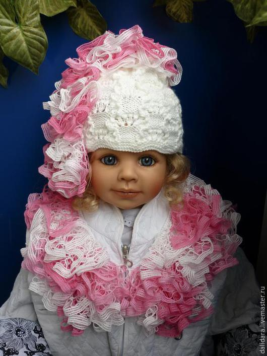 """Шапки ручной работы. Ярмарка Мастеров - ручная работа. Купить Комплект """"Чудо чудное"""", шапочка и шарфик. Handmade. Разноцветный, рюши"""
