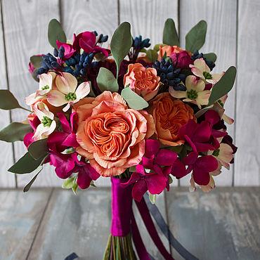 Свадебный салон ручной работы. Ярмарка Мастеров - ручная работа Букет невесты с коралловыми розами свадебный букет. Handmade.