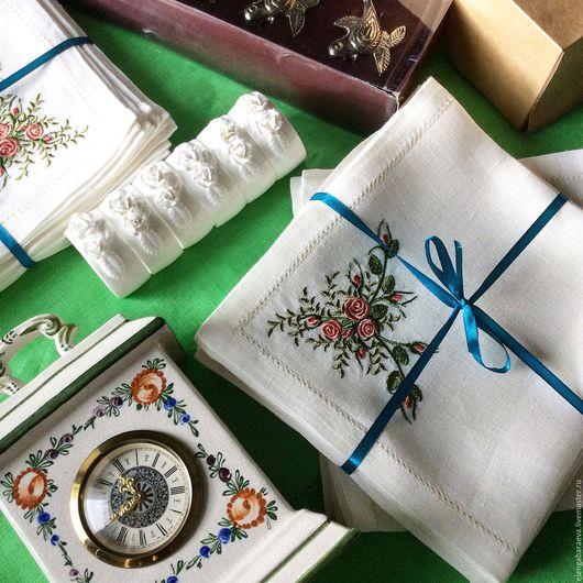 Текстиль, ковры ручной работы. Ярмарка Мастеров - ручная работа. Купить Скатерть и салфетки с вышивкой - Воспоминание о розах. Handmade. Белый