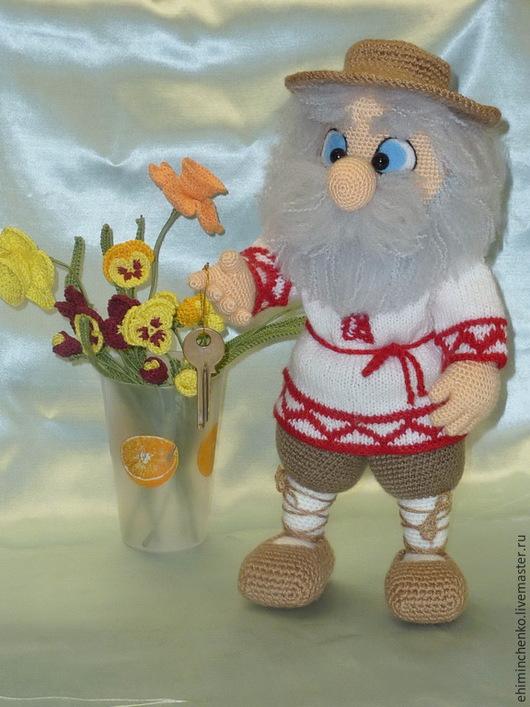 Сказочные персонажи ручной работы. Ярмарка Мастеров - ручная работа. Купить Вязаная интерьерная кукла Домовой. Handmade. Разноцветный