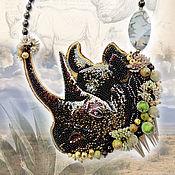Украшения ручной работы. Ярмарка Мастеров - ручная работа Носорог, африканское сафари, колье с животным, носорог. Handmade.