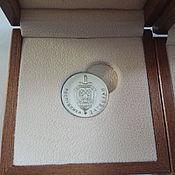 Подарки к праздникам ручной работы. Ярмарка Мастеров - ручная работа Монета серебряная на заказ. Handmade.