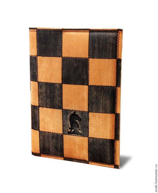 """Ежедневники ручной работы. Ярмарка Мастеров - ручная работа. Купить Ежедневник """"Шахматы"""". Handmade. Коричневый, подарок мужчине"""