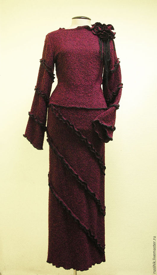 Костюмы ручной работы. Ярмарка Мастеров - ручная работа. Купить Комплект - юбка и джемпер из трикотажного полотна. Handmade. Бордовый, букле