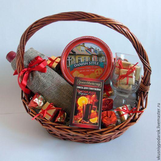 Подарочное оформление бутылок ручной работы. Ярмарка Мастеров - ручная работа. Купить Подарочная корзина для глинтвейна Подарок для мужчин. Handmade.