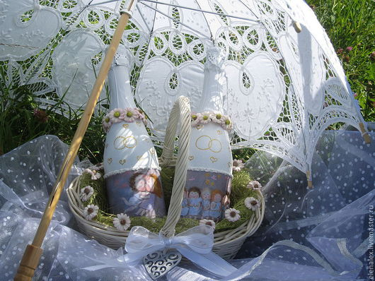 """Свадебные аксессуары ручной работы. Ярмарка Мастеров - ручная работа. Купить """"Лёгкая жизнь"""" Свадебное декор бутылок. Handmade."""