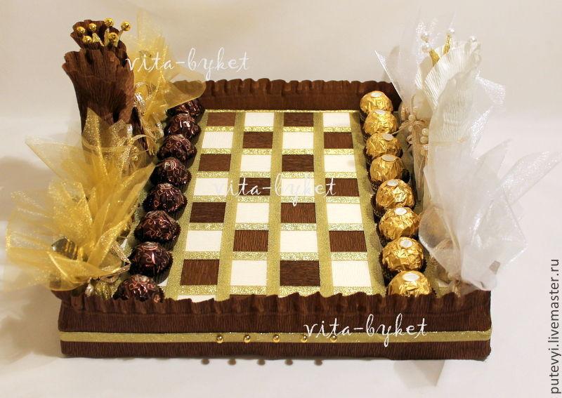 Шахматы из конфет пошаговое фото