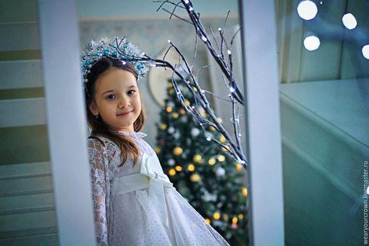 Новогодний ободок со снежинками в Голубом. Зима, снежная королева