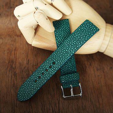 Украшения ручной работы. Ярмарка Мастеров - ручная работа Ремешок на часы из зеленой кожи ската. Handmade.
